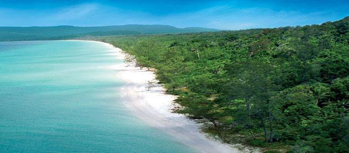 Đảo Koh Rong Hoang sơ – Cát trắng và biển xanh