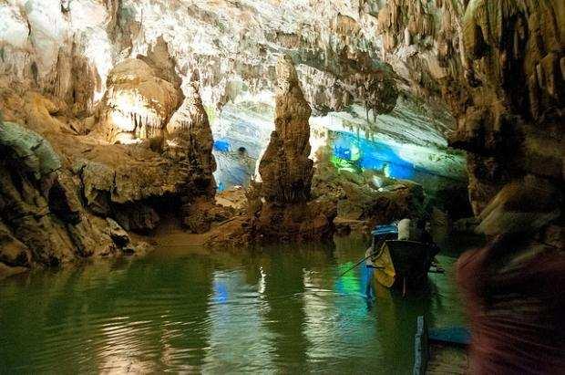 Tour Sài Gòn – Đà Nẵng – Huế – Động Phong Nha 3 Ngày 2 Đêm