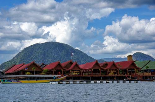 Ngôi làng KoPanyi nổi tiếng và đẹp nhất tại Thái Lan
