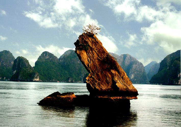 Tour Du Lịch Hà Nội – Hạ Long 3N2D khởi hành từ TPHCM