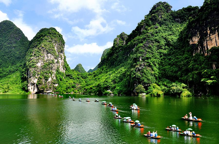 5 địa điểm du lịch nổi tiếng nhất tại Việt Nam trong dịp hè