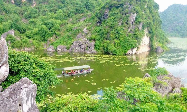 Dạo chơi và đổi gió với 4 địa điểm lý tưởng giá cực rẻ ơ gần Hà Nội