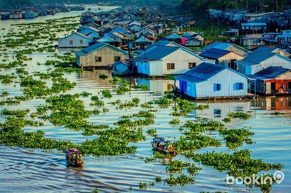 Mùa nước nổi Châu Đốc rung động trái tim của lữ khách
