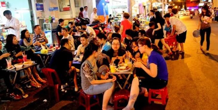 Phố Tây Bùi Viện ở Sài Gòn về Đêm