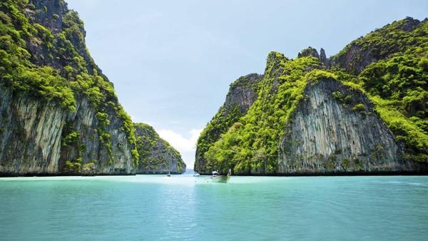 """Không thể bỏ lỡ chuyến du lịch đến những """"thiên đường"""" gần Việt Nam"""