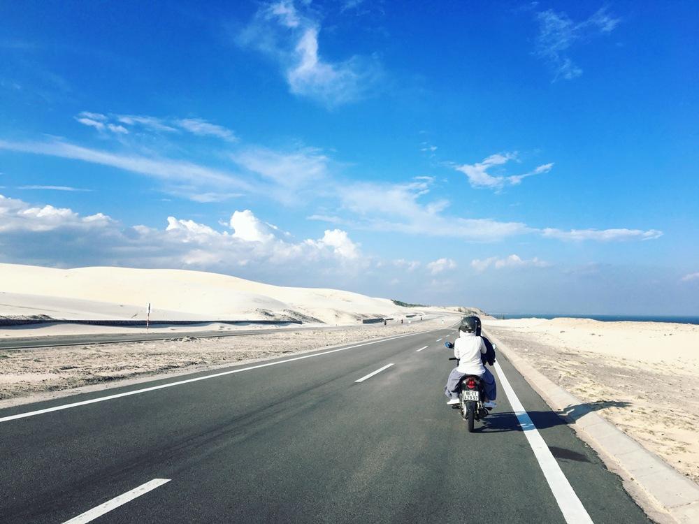 Cung đường phượt ven biển ấn tượng, đẹp mê ly